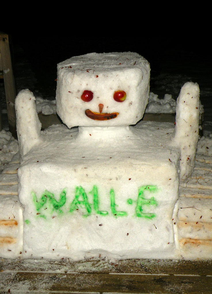 Snow things: Wall-e