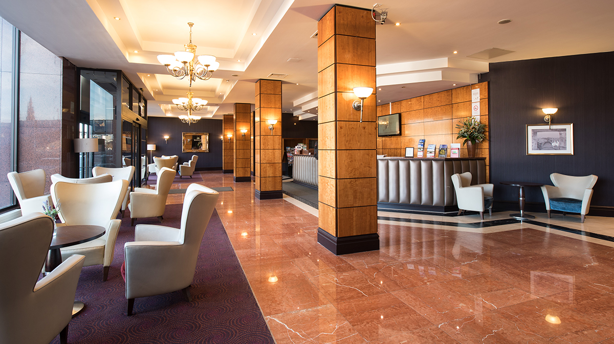 Hotels In Edinburgh City Centre Jurys Inn Stay Happy